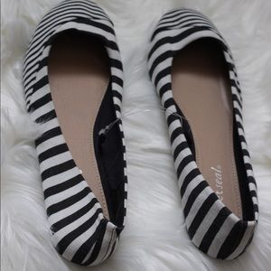 Black and White striped flats NWT